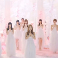 小清新:最後のドア(板野友美卒業ソング)–AKB48